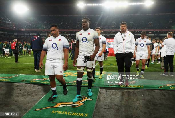 Mako Vunipola and Maro Itoje of England look dejected in defeat after the first test between and South Africa and England at Ellis Park on June 9,...
