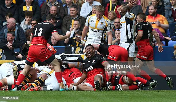 Mako Vunipola of Saracens celebrates after his team are awarded a penalty try during the European Rugby Champions Cup semi final match between...