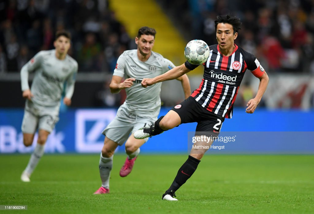 Eintracht Frankfurt v Bayer 04 Leverkusen - Bundesliga : Photo d'actualité