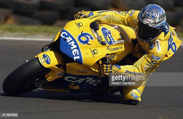 Makoto Tamada of Japan and the Camel Honda in action during qualifying for the Australian MotoGp which is round 15 of the MotoGp Championship Series...
