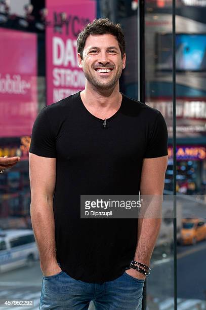 Maksim Chmerkovskiy visits 'Extra' at their New York studios at HM in Times Square on October 27 2014 in New York City