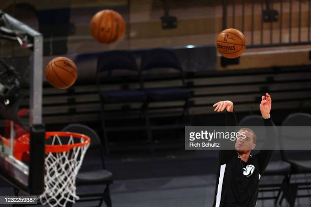 Malachi Flynn of the Toronto Raptors warms up before a game against the New York Knicks at Madison Square Garden on April 11, 2021 in New York City....