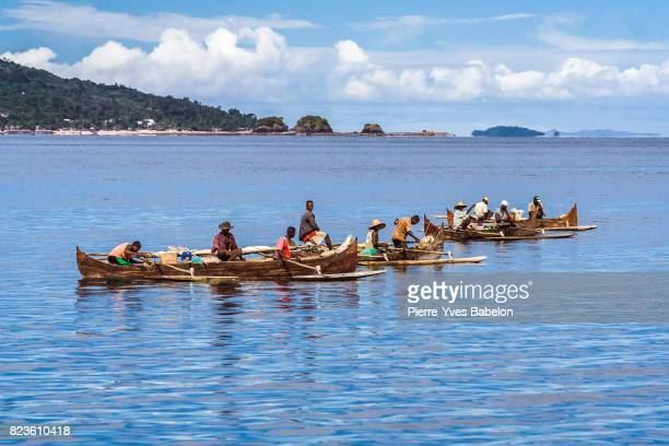 malagasy fishermen - pierre yves babelon stock pictures, royalty-free photos & images