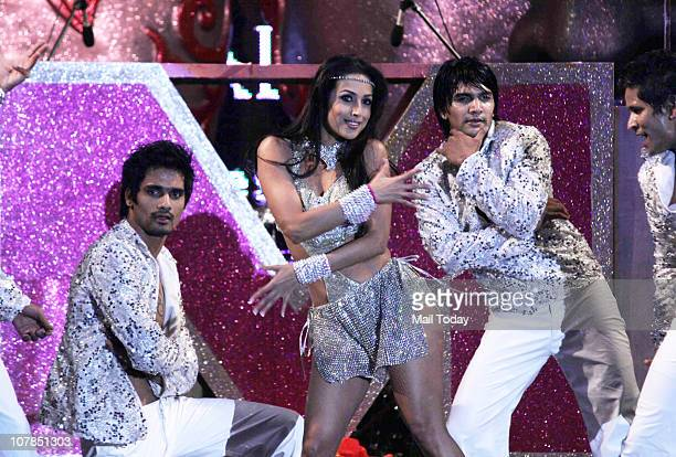 Malaika Arora Khan performs during Aamby Valley's 'Glitterrati 2011' bash in Mumbai on New Year's Eve
