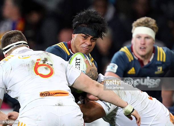 Malakai Fekitoa of the Highlanders on the charge during the round 17 Super Rugby match between the Highlanders and the Chiefs at Forsyth Barr Stadium...