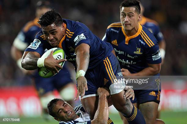 Malakai Fekitoa of the Highlanders on the way to scoring a try during the round 10 Super Rugby match between the Highlanders and the Blues at Forsyth...