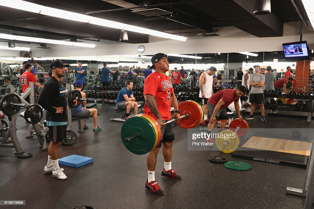 Malakai Fekitoa of the New Zealand All Blacks trains during a gym session on October 31, 2016 in Chicago, Illinois.