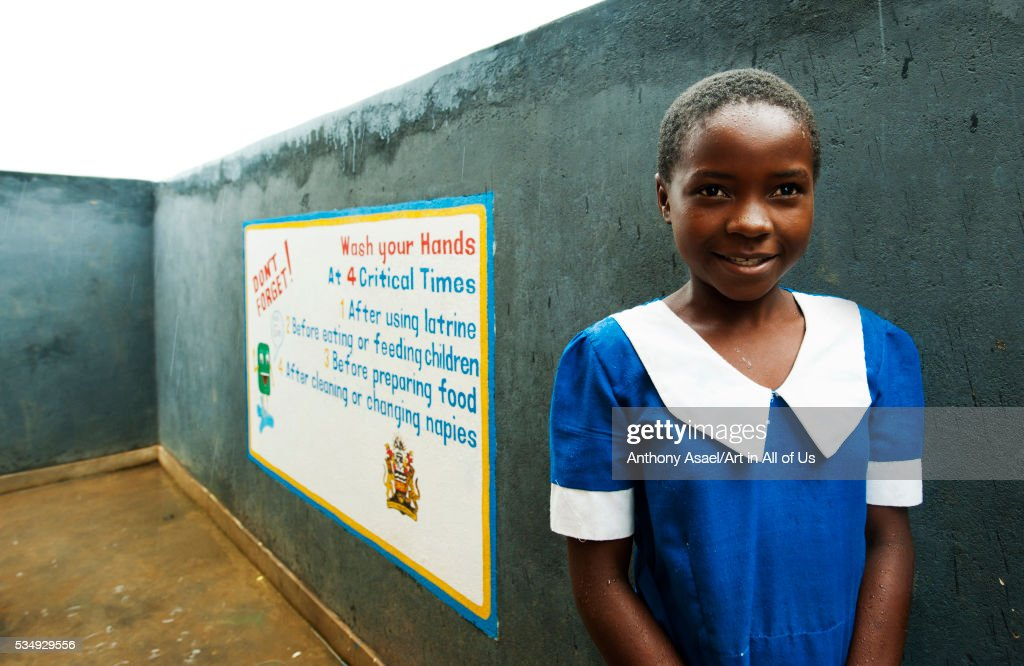 Malawi, Lilongwe, Chambwe Primary School, pupils washing hands after using the sanitary facilities b : News Photo