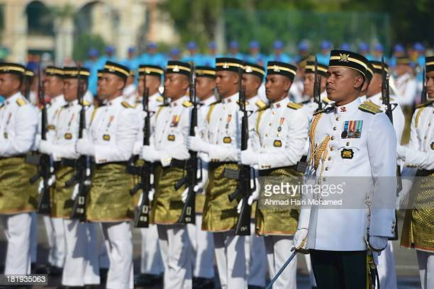 CONTENT] malaysia outdoor national green special row day peace guns armed life soldier celebrate arm male celebration freedom weapon people...
