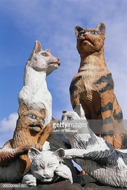 malaysia, sarawak, kuching, cat monuments - sarawak state stock pictures, royalty-free photos & images