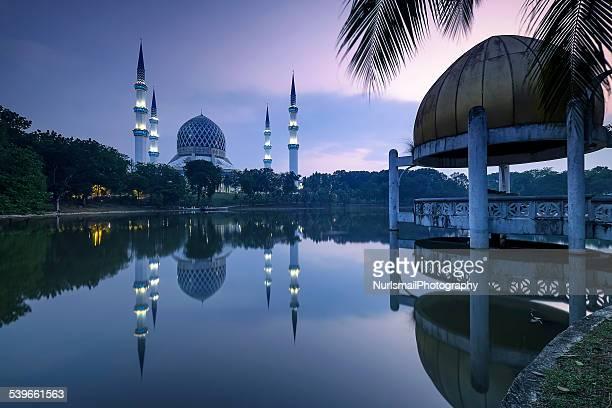 Malaysia, Shah Alam, Sunrise at Masjid Sultan Salahuddin Abdul Aziz Shah mosque