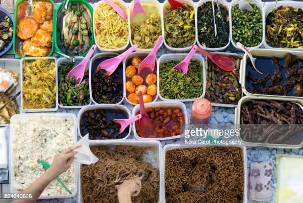 malaysian food buffet - bonne fete de ramadan photos et images de collection
