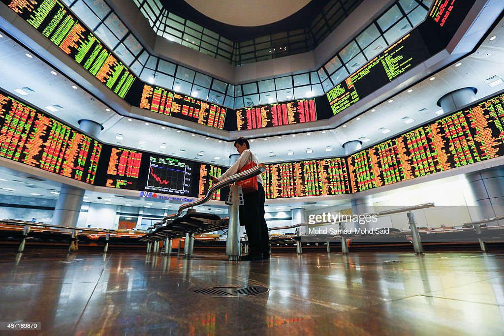 Malaysian Ringgit Continues To Decline : News Photo