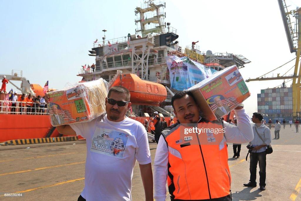 BANGLADESH-MYANMAR-MALAYSIA-UNREST-REFUGEE-AID : News Photo