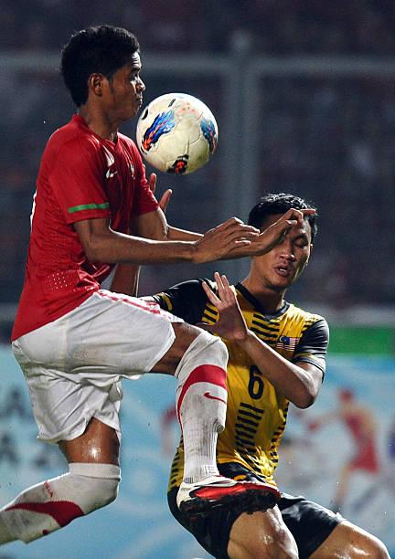 Malaysias Jusoh Abdul Shukur R Fight