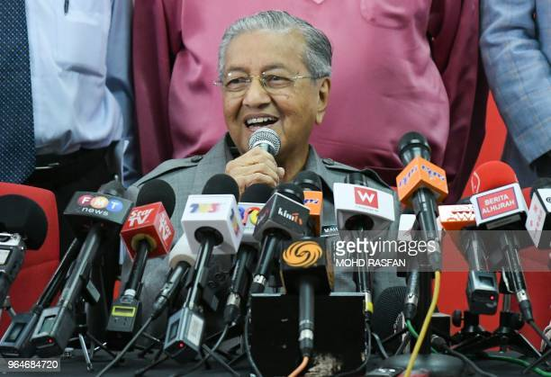 Malaysia's Prime Minister Mahathir Mohamad speaks during a press conference in Kuala Lumpur on June 1 2018