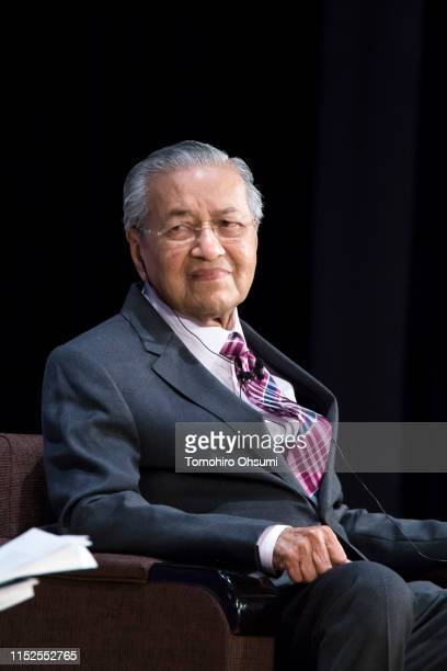 Malaysia's Prime Minister Mahathir Mohamad speaks during the 25th International Conference on The Future of Asia on May 30, 2019 in Tokyo, Japan. The...