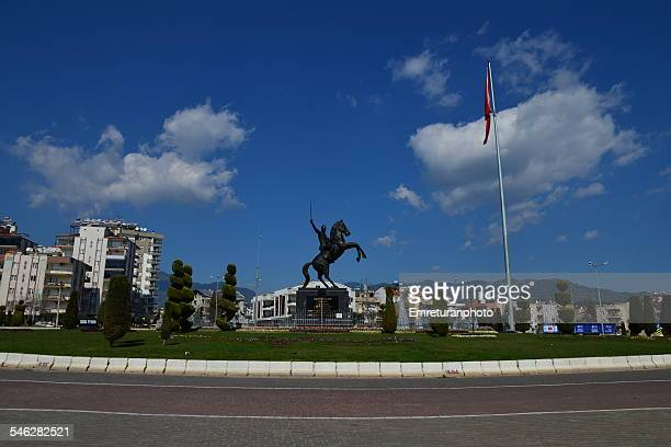 malazgirt square with statue - emreturanphoto stock pictures, royalty-free photos & images
