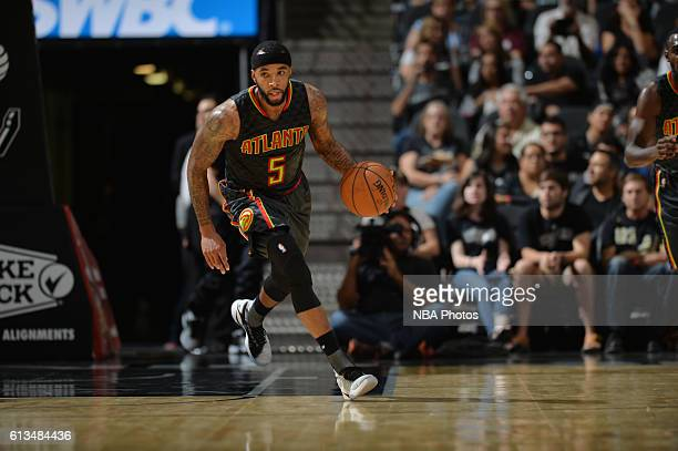 Malcolm Delaney of the Atlanta Hawks handles the ball against the San Antonio Spurs on October 8 2016 at the ATT Center in San Antonio Texas NOTE TO...