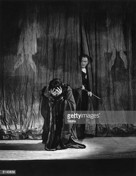 Malcolm Keen as Claudius and John Barrymore as Hamlet at the Haymarket theatre London