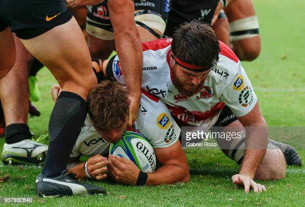 Malcolm Marx of Lions scores a try during a match between Jaguares and Lions as part of the sixth round of Super Rugby at Jose Amalfitani Stadium on...
