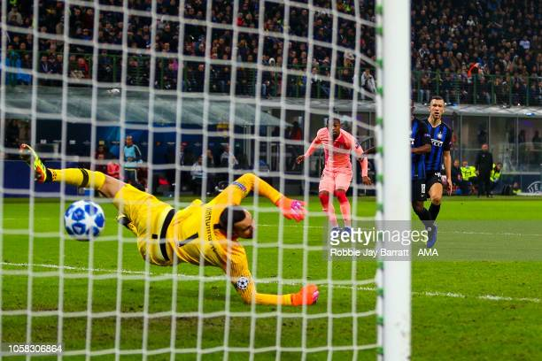 Malcom of FC Barcelona scores a goal to make it 01 during the Group B match of the UEFA Champions League between FC Internazionale and FC Barcelona...