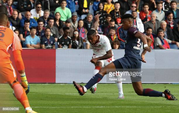 Malcom of FC Girondins de Bordeaux in action with Presnel Kimpembe of PSG during the Ligue 1 match between Paris SaintGermain and FC Girondins de...