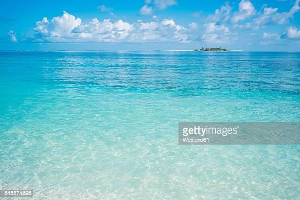 Maldives, Ari Atoll, view to the sea