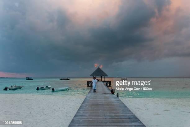 maldives, dhuni kolhu island - marie ange ostr�� photos et images de collection