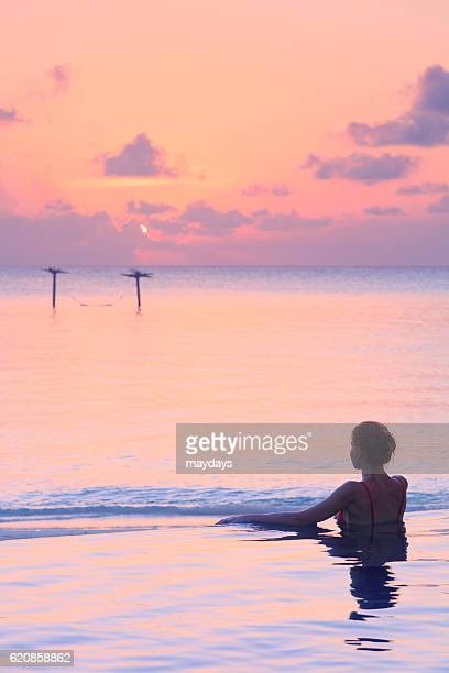 maldives luxury resort - male maldives stock pictures, royalty-free photos & images