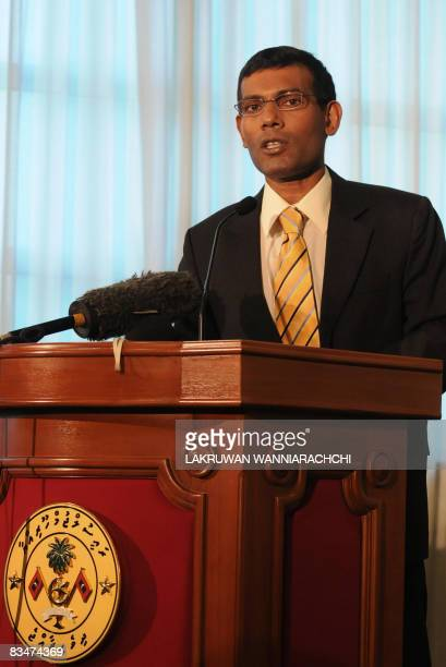Maldivian Democratic Party founder and presidentelect Mohamed 'Anni' Nasheed speaks to reporters at the President's Office during a press conference...