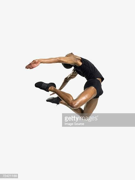 Bailarín macho salto