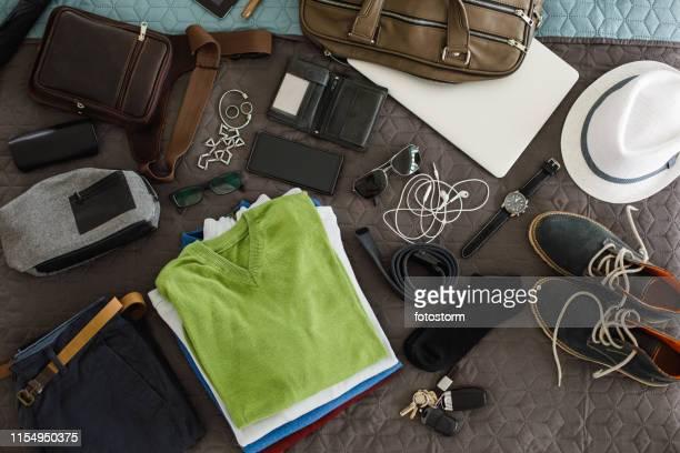 男性のファッションアクセサリー flatlay - フラットレイ ストックフォトと画像