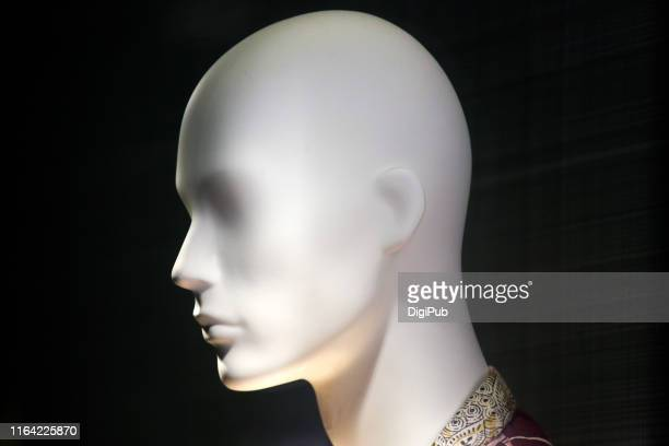 male like mannequin head - male likeness stock pictures, royalty-free photos & images