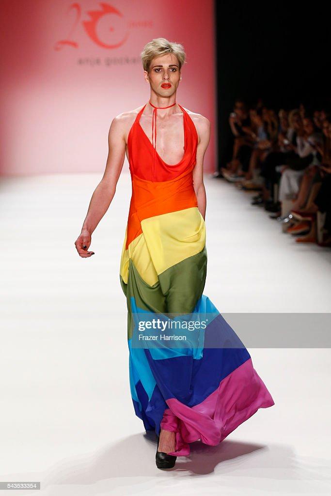 Anja Gockel Show - Mercedes-Benz Fashion Week Berlin Spring/Summer 2017 : News Photo