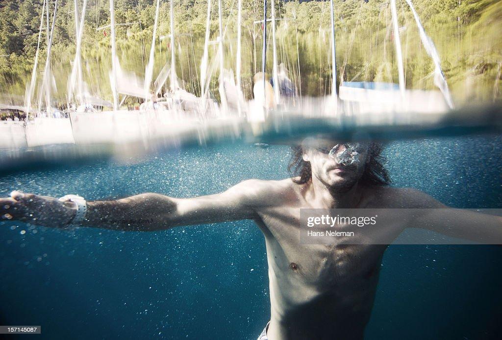 Male swimmer underwater : Stock Photo