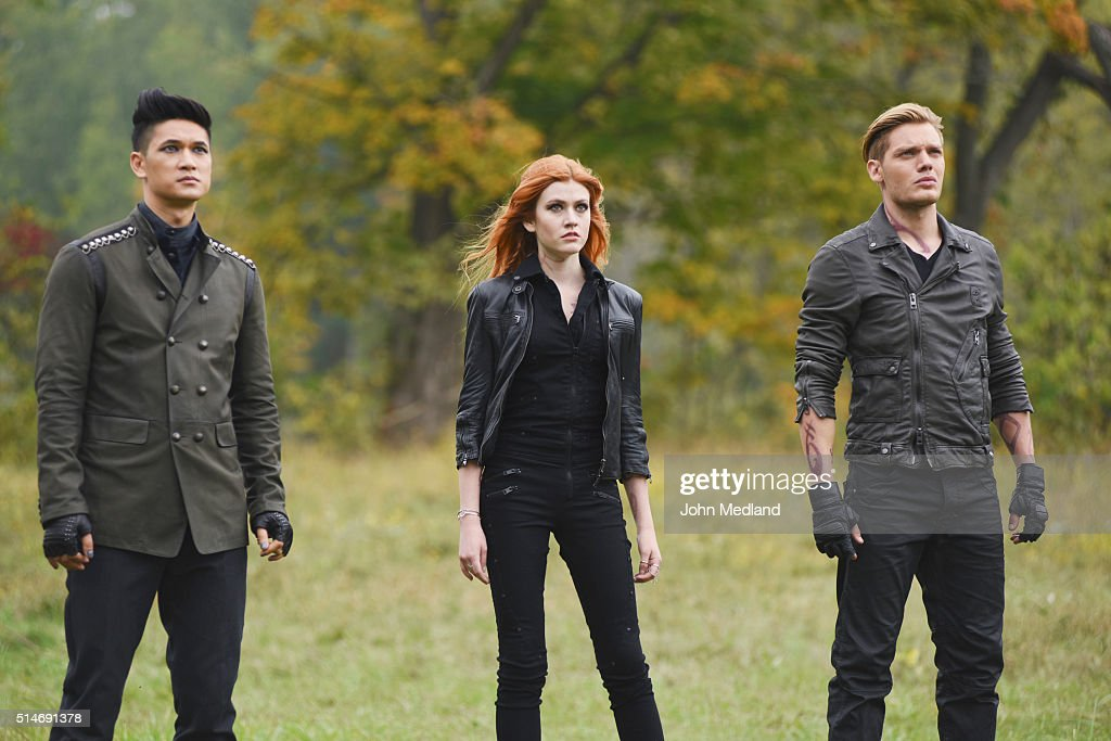 HUNTERS - 'Malec' - On the eve of Alec and Lydias wedding relationships are being examined in Malec, an all-new episode of Shadowhunters, airing TUESDAY, MARCH 29 (9:00 10:00 p.m., EST) on Freeform, the new name for ABC Family. HARRY