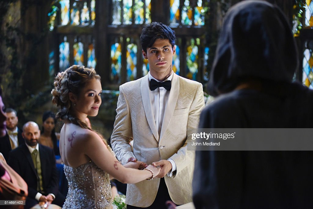 "Freeform's ""Shadowhunters"" - Season One : News Photo"