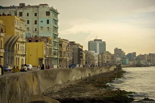 Malecon Avenue Coastal Road in Havana Cuba with Vintage Apartments and Urban Skyline - gettyimageskorea