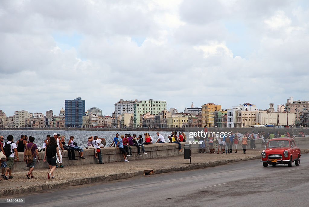 Malecon In Habana Cuba Stock Photo - Getty Images