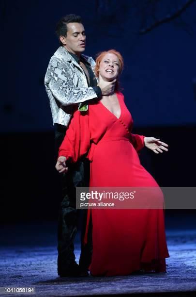 Malena Ernman as Donna Elvira and Erwin Schrott as Don Giovanni are seen during a rehearsal for Wolfgang Amadeus Mozart's opera 'Don Giovanni' at the...