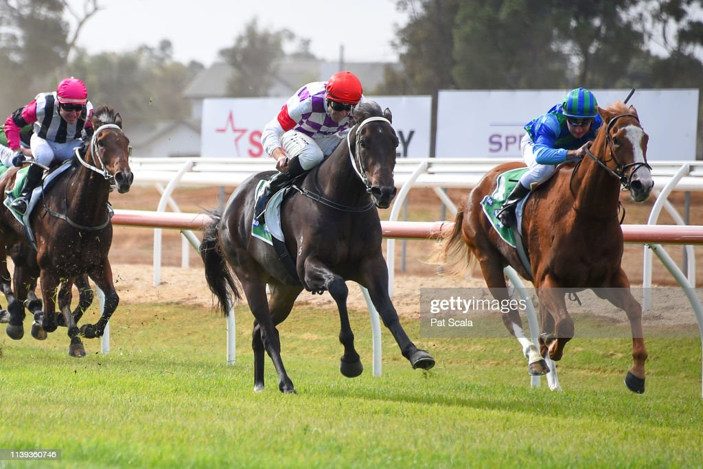 AUS: Werribee Racing Club Race Meeting