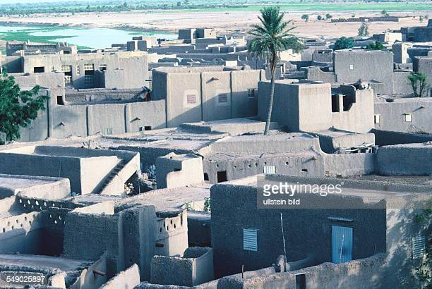 Building made of loam in Djenne
