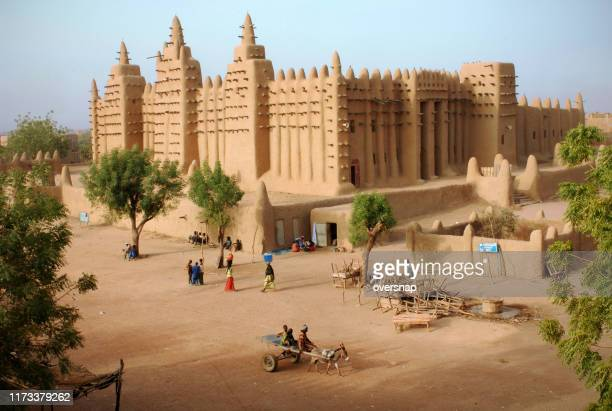 mali mud mosque - mali stock pictures, royalty-free photos & images