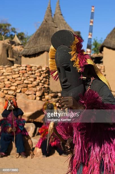 Mali, Near Bandiagara, Dogon Country, Bandiagara Escarpment, Traditonal Dogon Dance In Village.