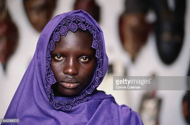 mali, teenage girl (16-18), portrait - native african girls stock photos and pictures