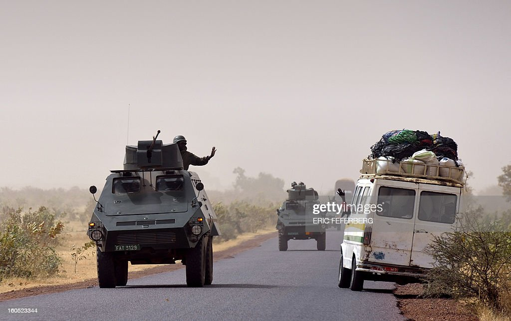 A malian army convoy is on his way to Gao, on February 1, 2013 in Kona.