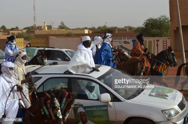 Malian opposition presidential candidate Soumaila Cisse arrives in Gao for an election campaign rally on July 24 2018