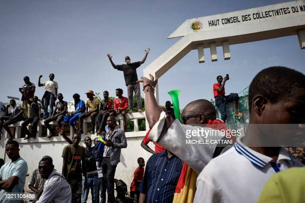 Malian protesters gather at Independance square to demand that Malian President Ibrahim Boubacar Keïta leaves office in Bamako on June 19 2020 Imam...