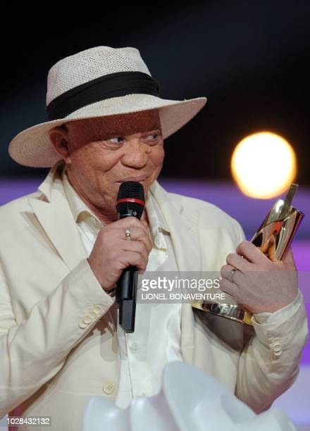 Malian singer Salif Keita gives a speech after receiving the award for best world's music album of the year for 'La difference' during the 25th...
